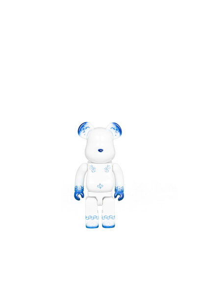 "Kutani x Fragment Design 400% Be@Rbrick ""Porcelain"""