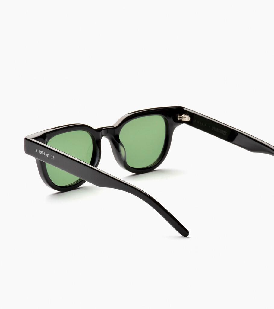 "Akila Legacy Sunglasses ""Black""-3"