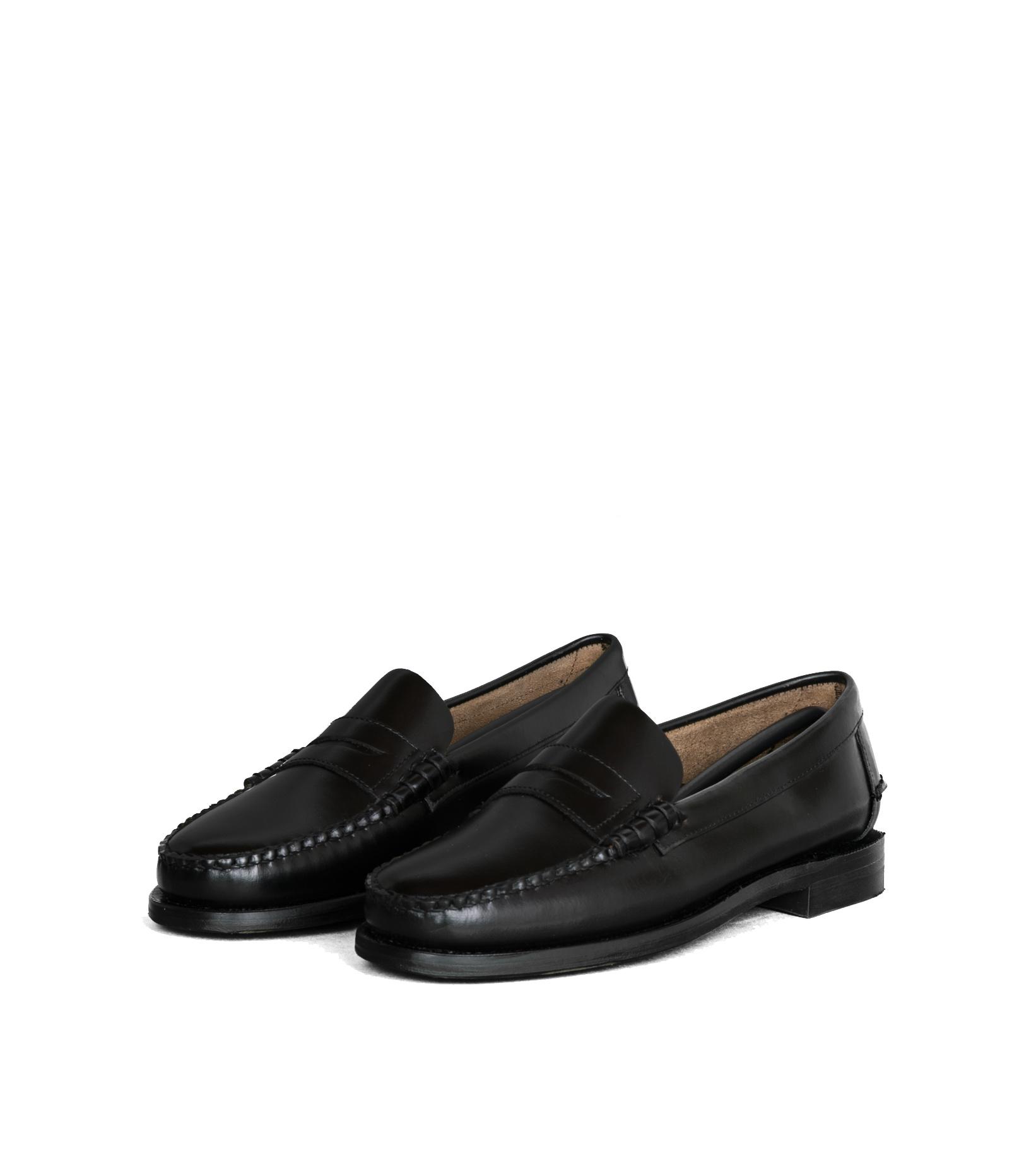 "Classic Dan Loafers ""Black""-1"
