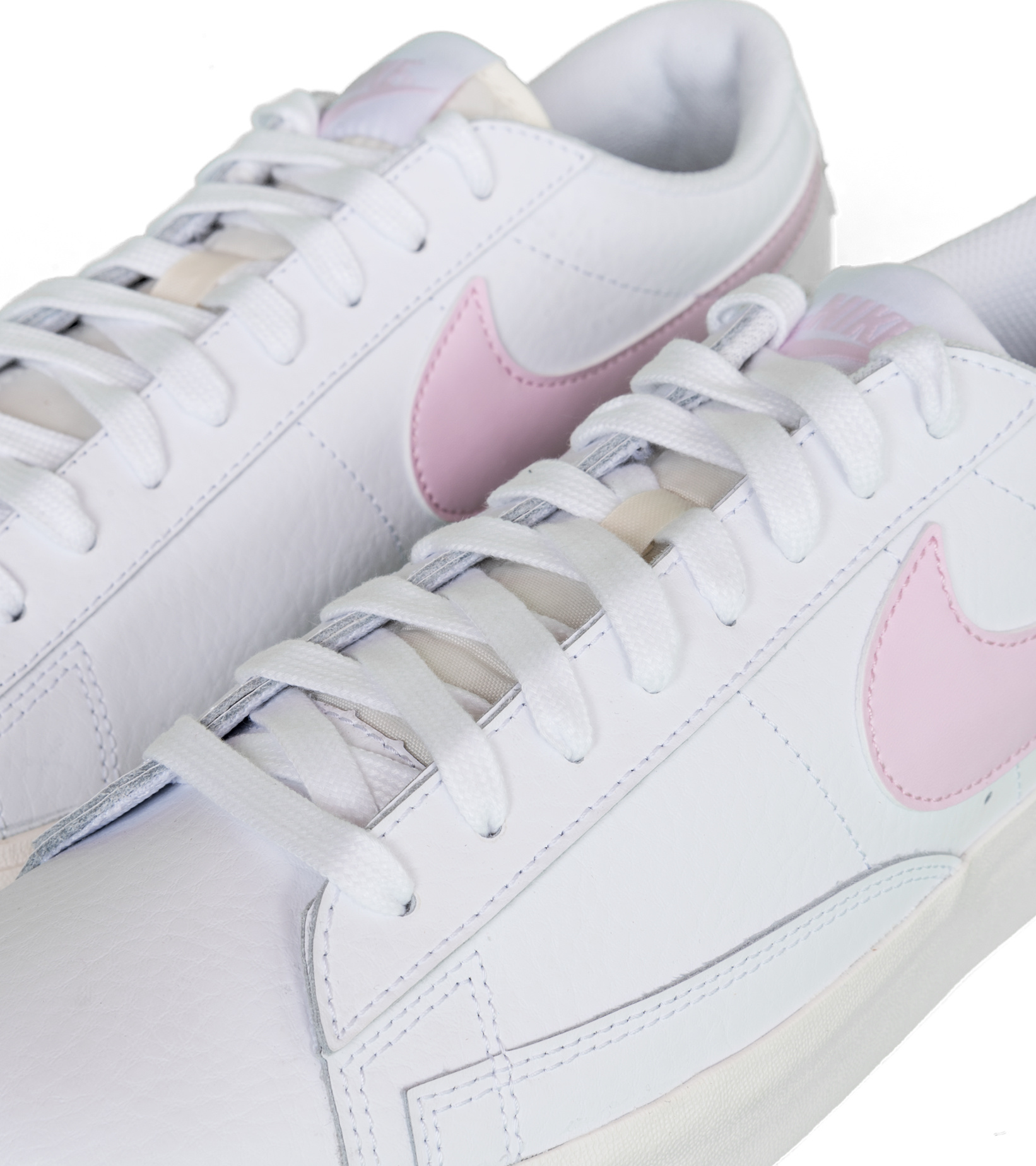 "Blazer Low Leather ""White/Pink Foam""-7"