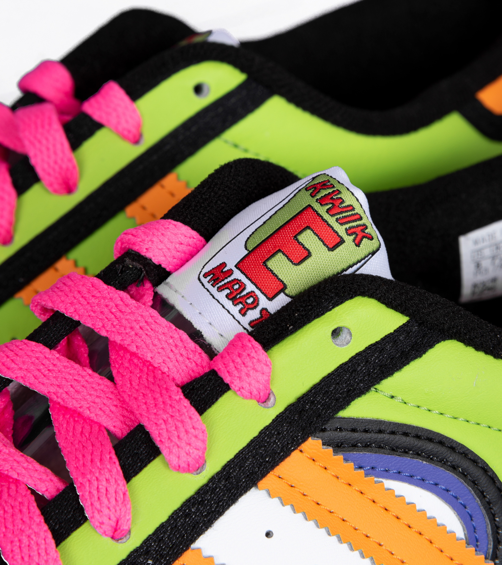 """Superstar x The Simpsons """"Squishee""""-7"""