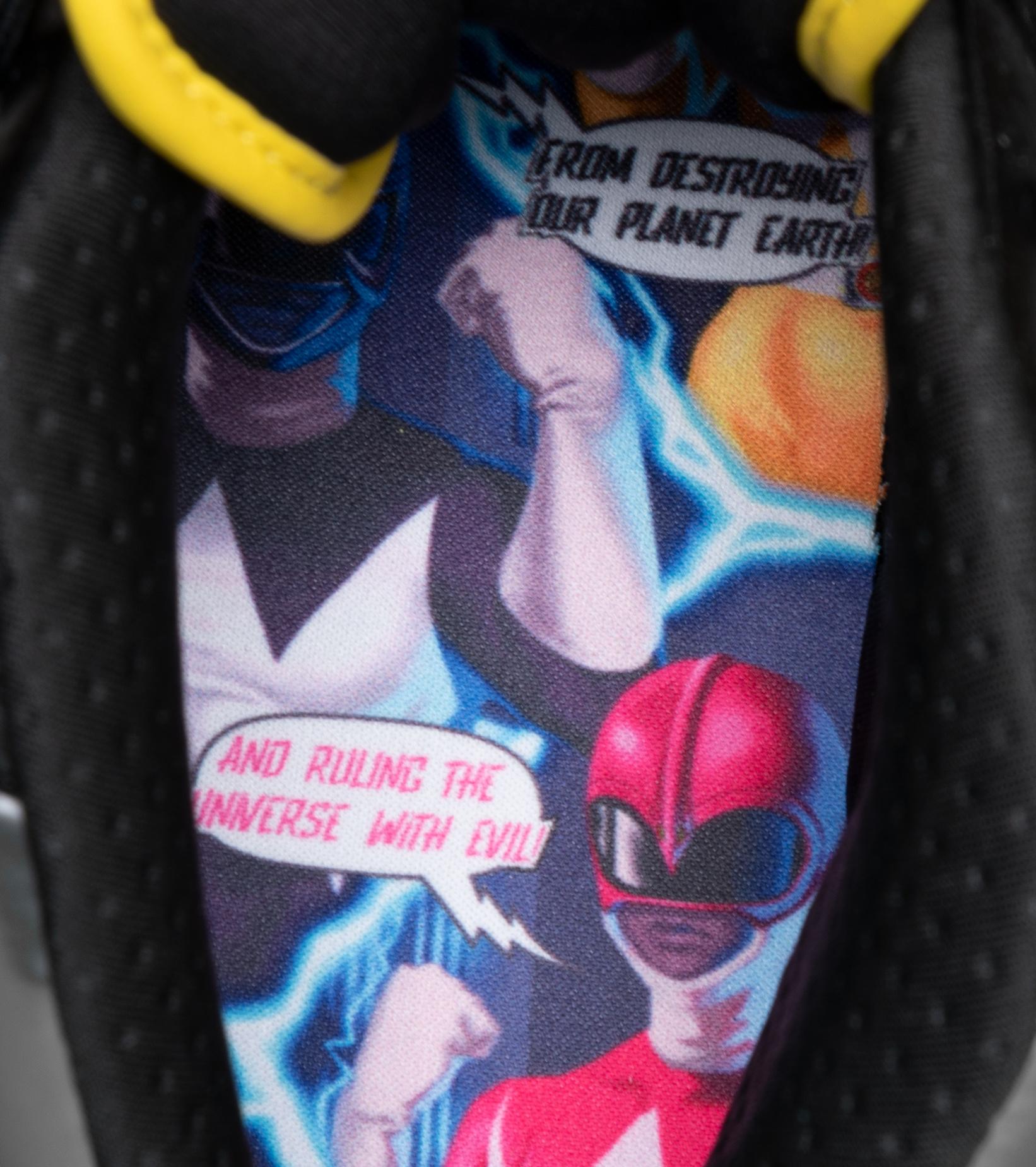 "Question Mid x Power Rangers ""Megazord""-9"
