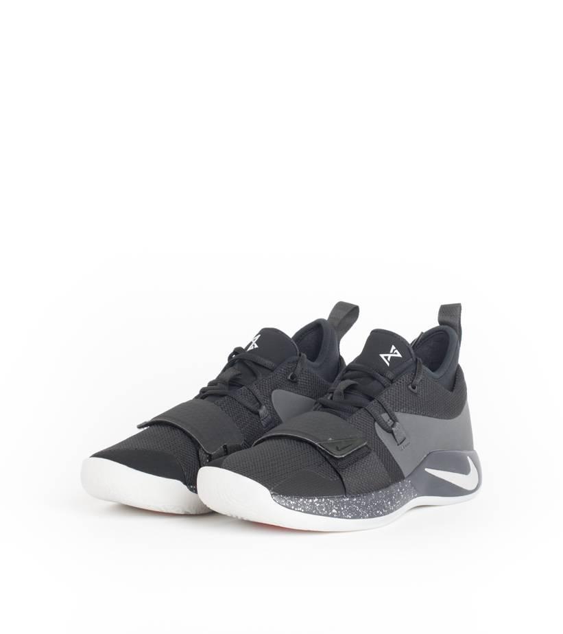 4b1039fdea3 Nike PG 2.5