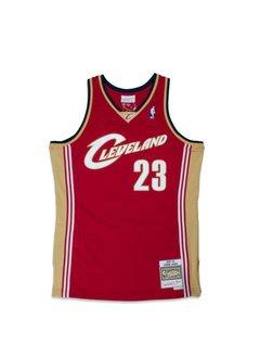 Mitchell   Ness Cleveland Cavaliers  03- 04 L. James Swingman ... e5b38ceb541