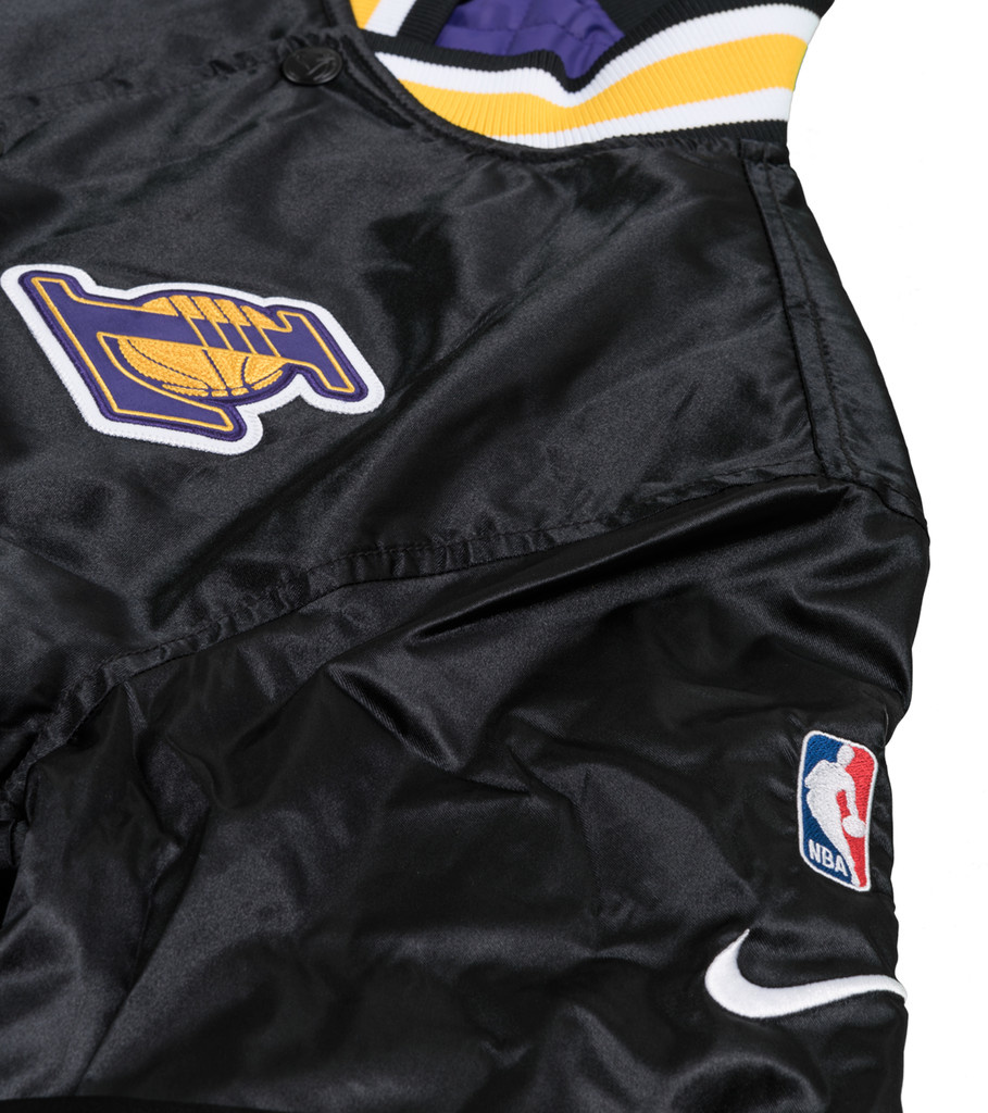 """Nike LA Lakers Courtside Quilted Jacket """"Black/Field Purple"""""""