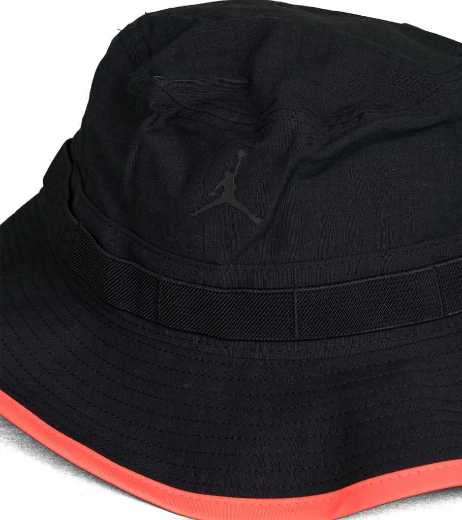 "Jumpman Buckethat ""Black/Infrared""-2"