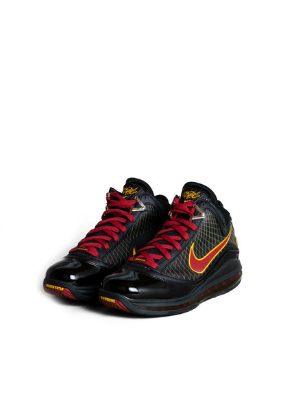"LeBron VII QS Retro ""Fairfax Away"""