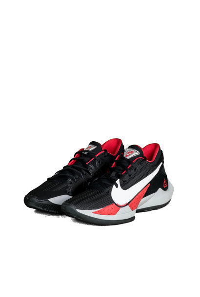 "Zoom Freak 2 ""Black/University Red"""