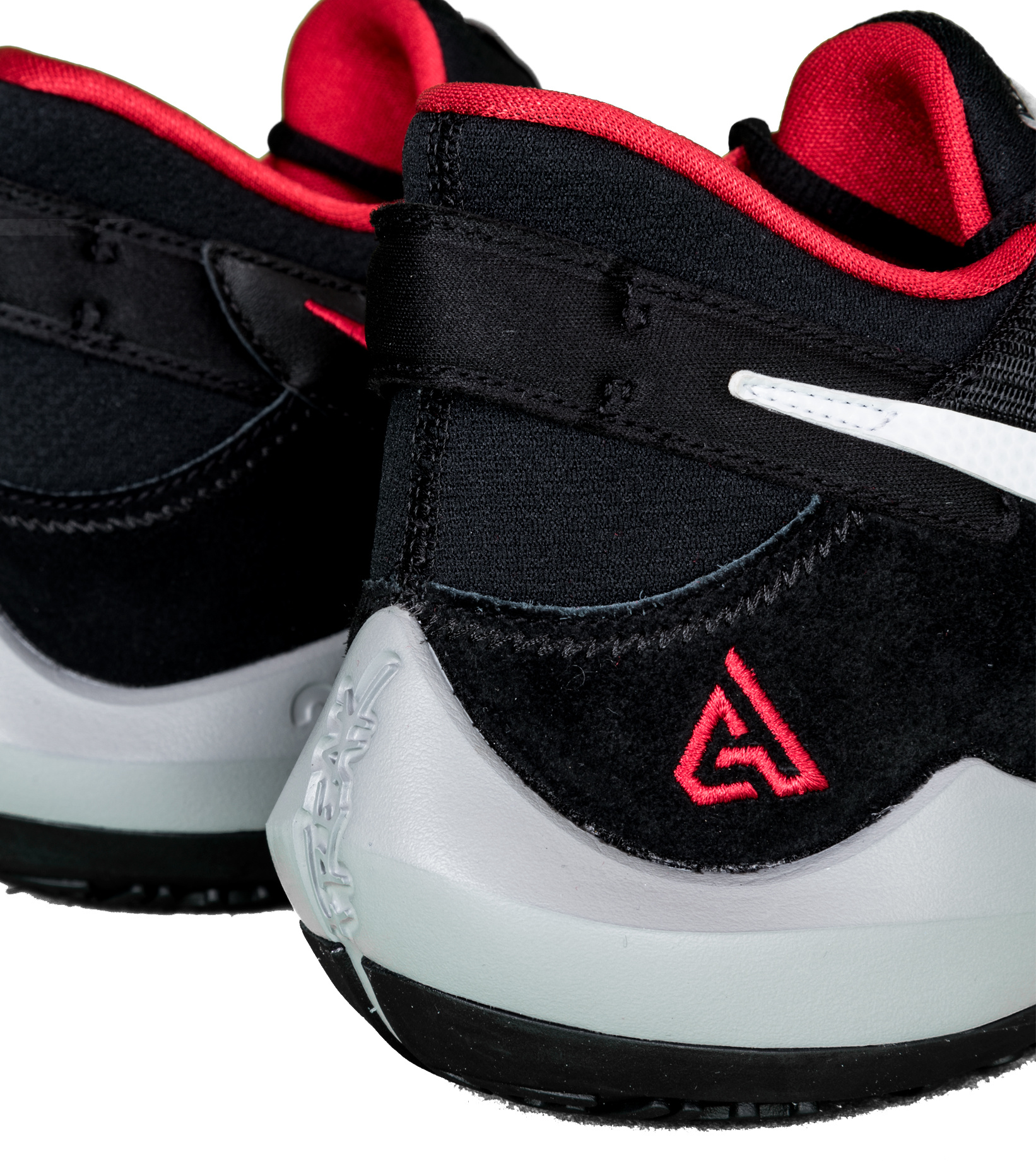 "Zoom Freak 2 ""Black/University Red""-6"