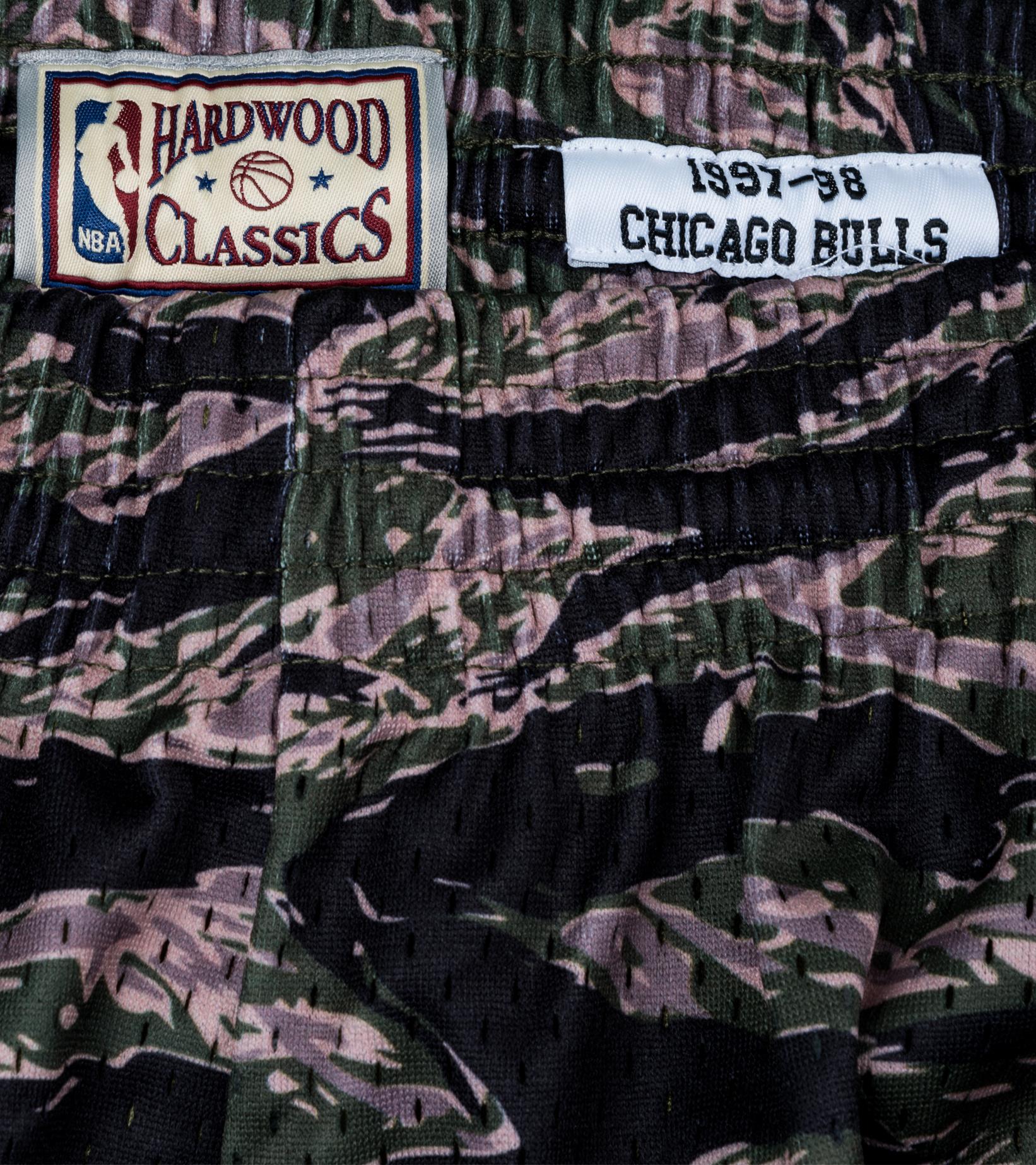 "Chicago Bulls Tiger Camo Swingman Short ""Camo""-5"