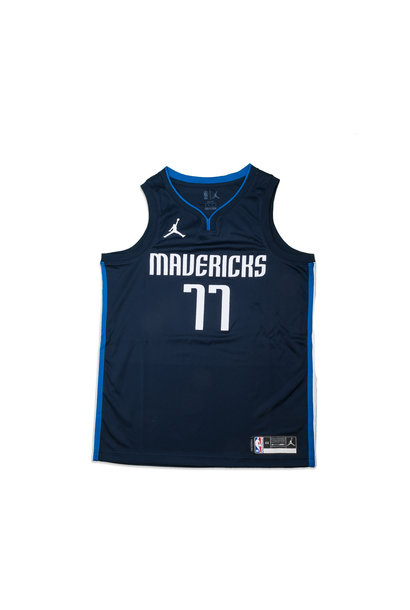 "L. Doncic Statement Edition '20 Swingman Jersey ""College Navy"""