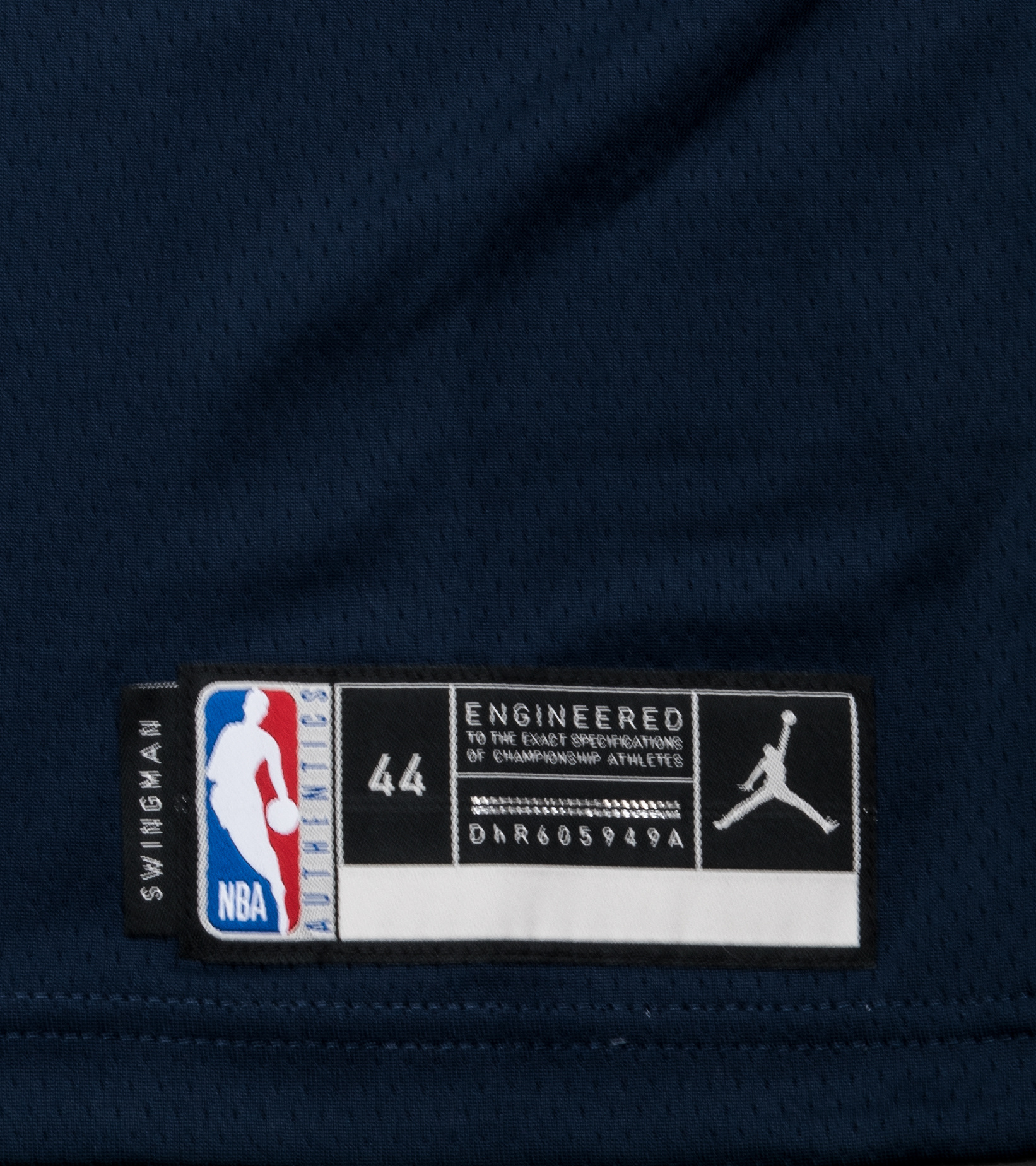 """L. Doncic Statement Edition '20 Swingman Jersey """"College Navy""""-3"""