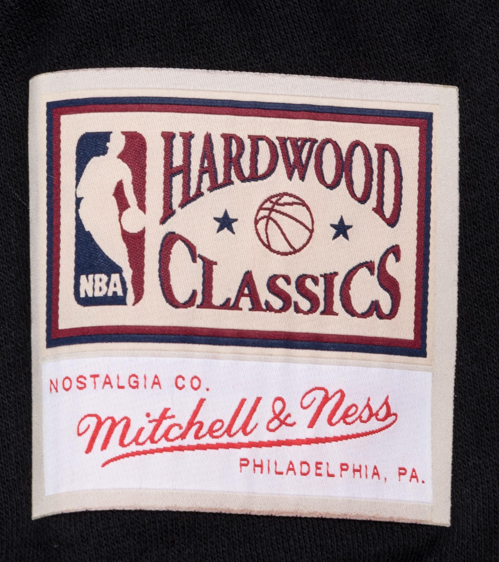 """Milwaukee Bucks Embroidered Sweatshirt """"Black""""-3"""