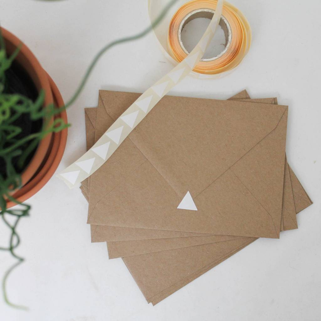 Sluitsticker driehoek • Wit