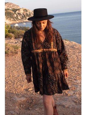 Isla Ibiza Bonita Short Dress Aztek Mixed Print – Black