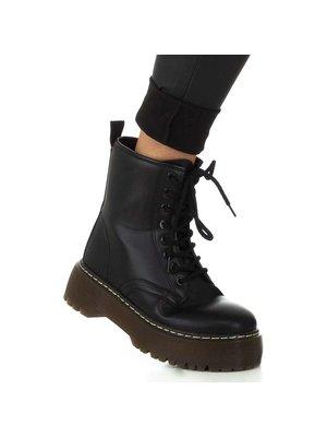 J.Y.M. Leather Look Tregging