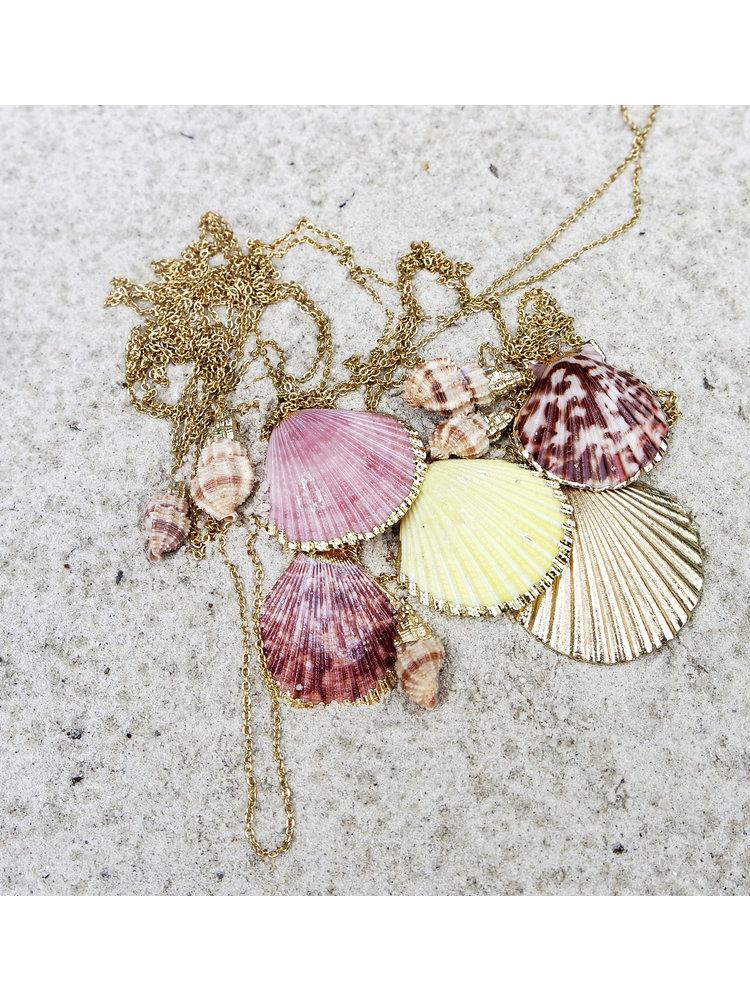 Hot Lava Necklace Capri 2 Shells