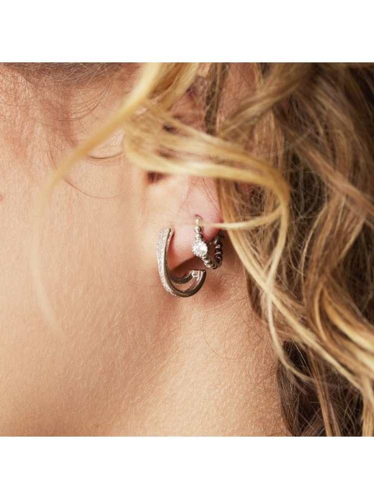 J.Y.M. Earrings Pearls In A Row Silver