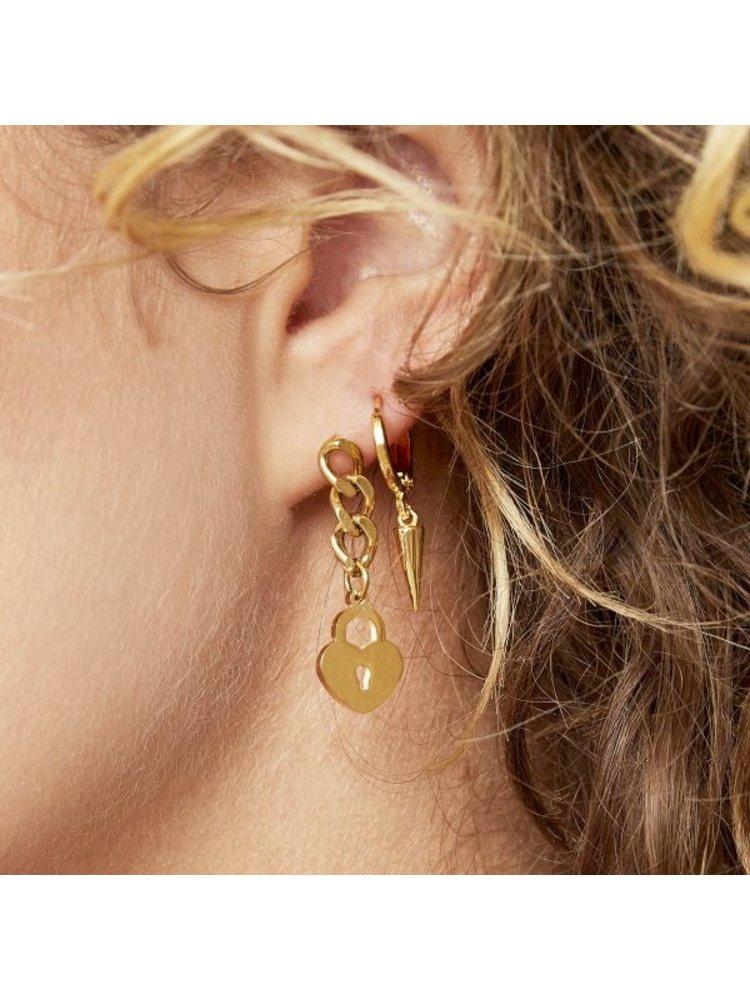 J.Y.M. Earrings Locked Heart Chain Gold