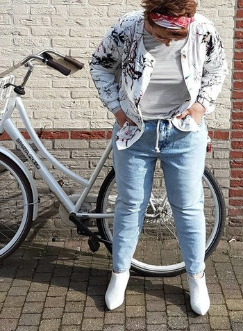 anti-fit jeans