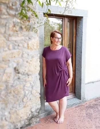 modal dress Maroon