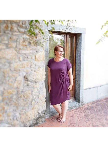 modal dress Maroon