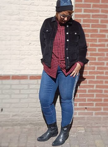 mix of styles: western vs grunge