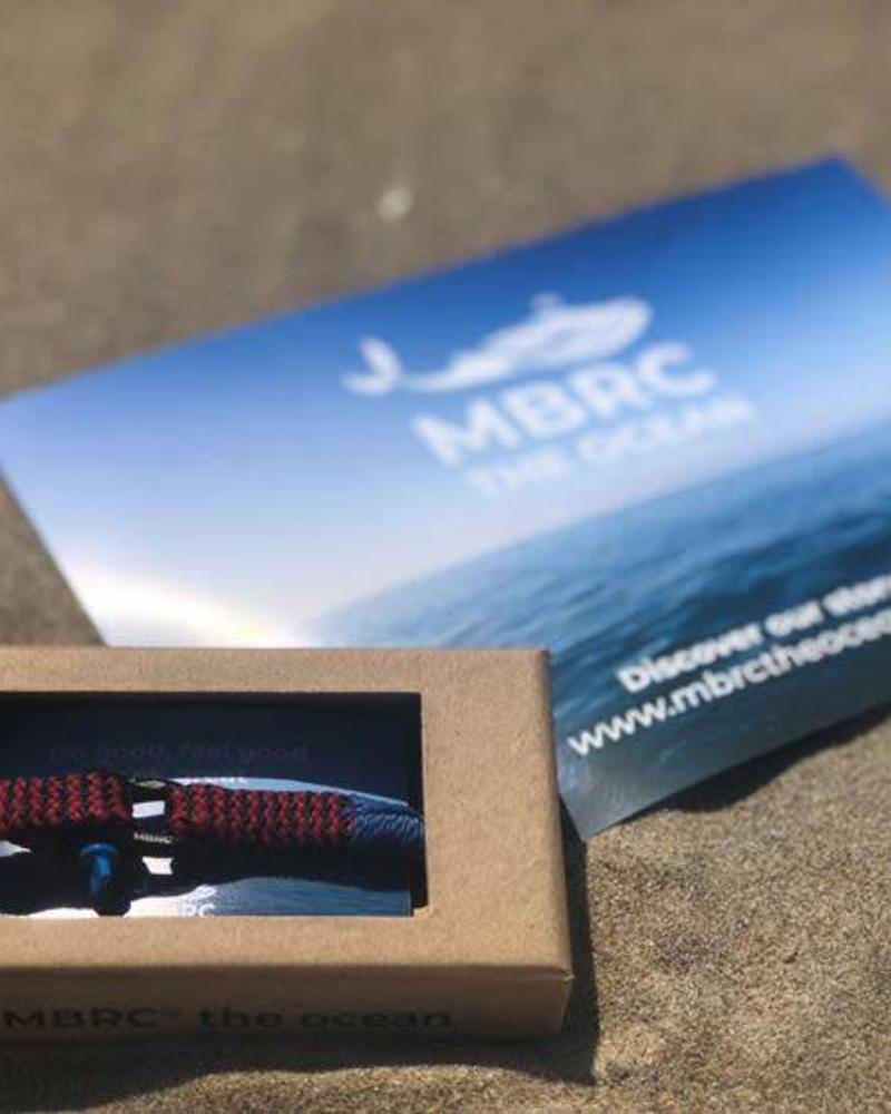 MBRC the ocean D-shackle red/blue small
