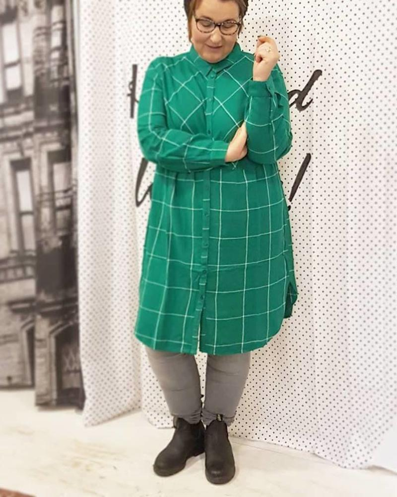 checkered dress/long blouse green