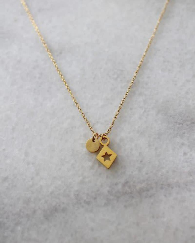 MADAM the label ketting 40/45 cm triangle/star gold