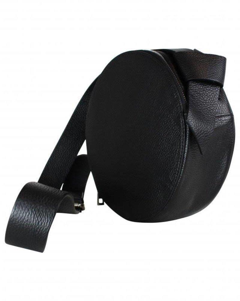 round bag black