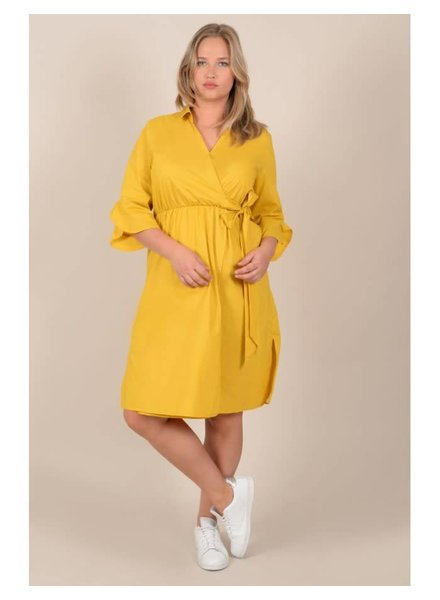 Gabrielle by Molly Bracken Wrap dress Saffraan geel