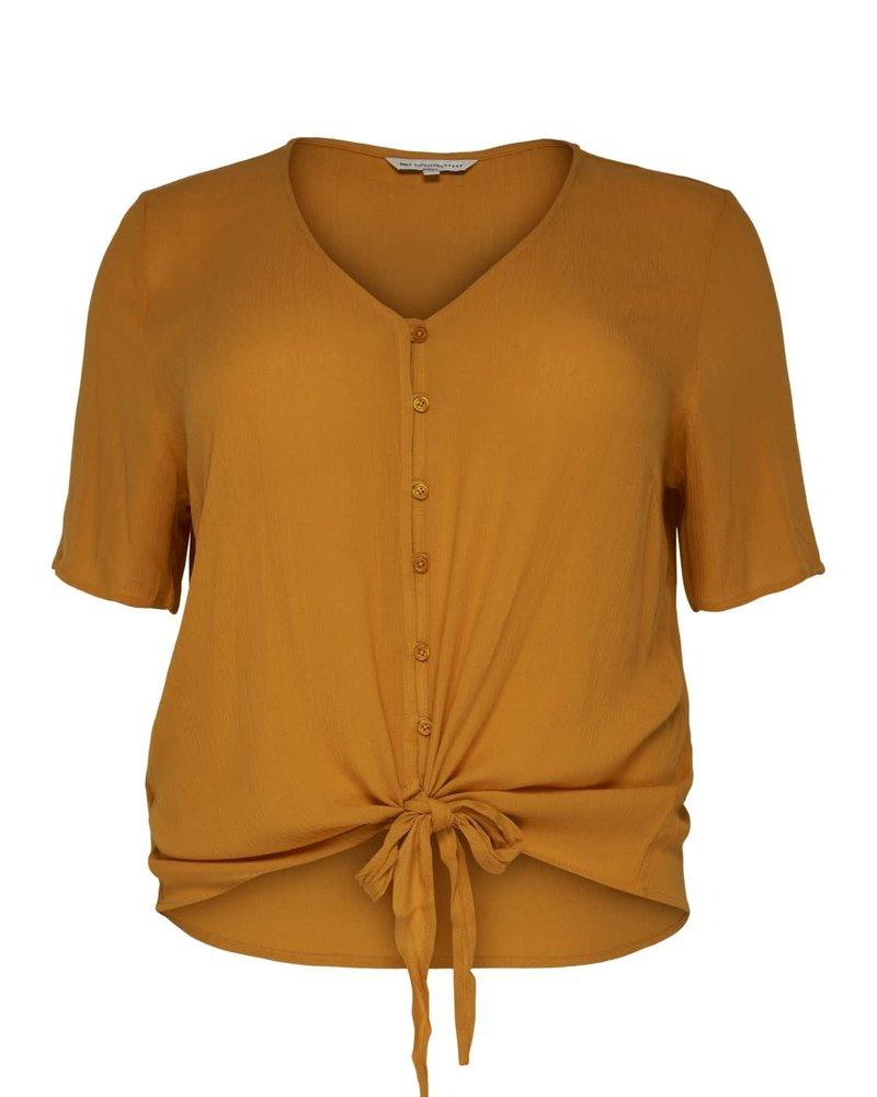 Only Carmakoma savannah v-neck shirt