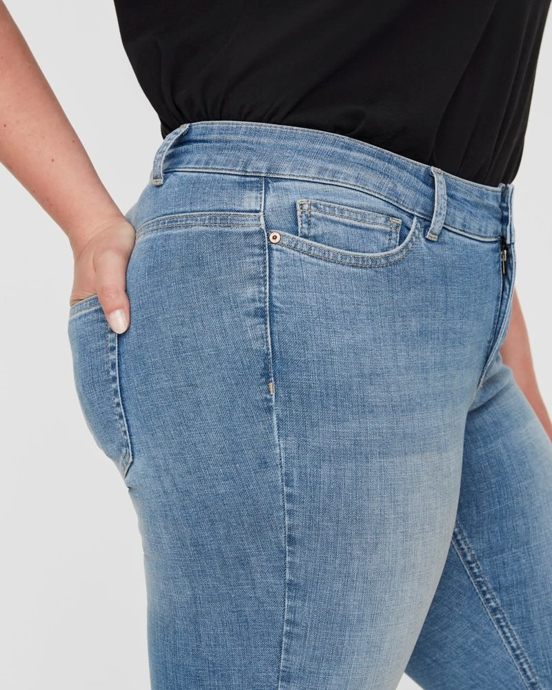Junarose by Vero Moda slimfit jeans four Mayha