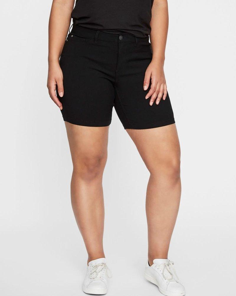 Junarose by Vero Moda Shorts Queen Masja