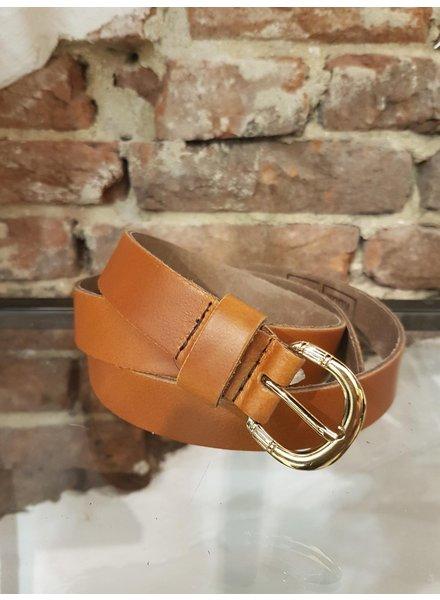 cognac leather ceintuur 2,5 cm gold