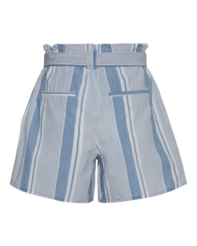 Vero Moda Curve shorts Akela