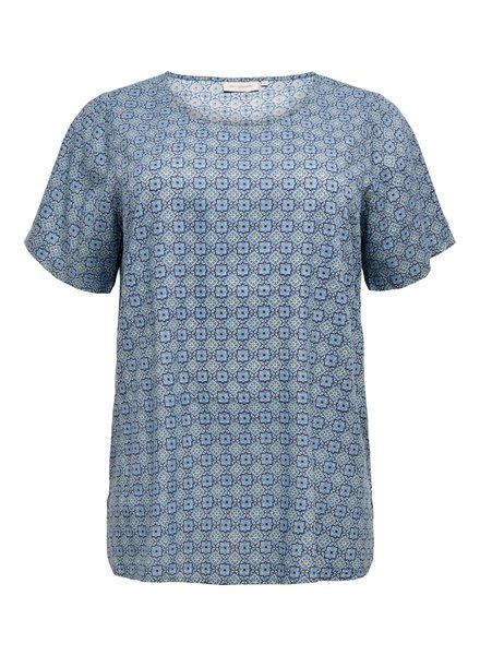 Only Carmakoma top Mille faded denim