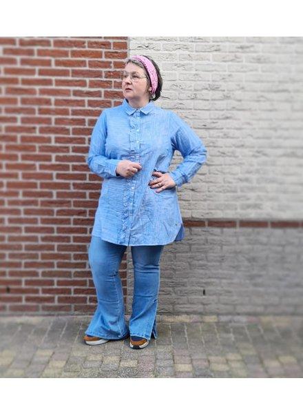 Flare jeans split