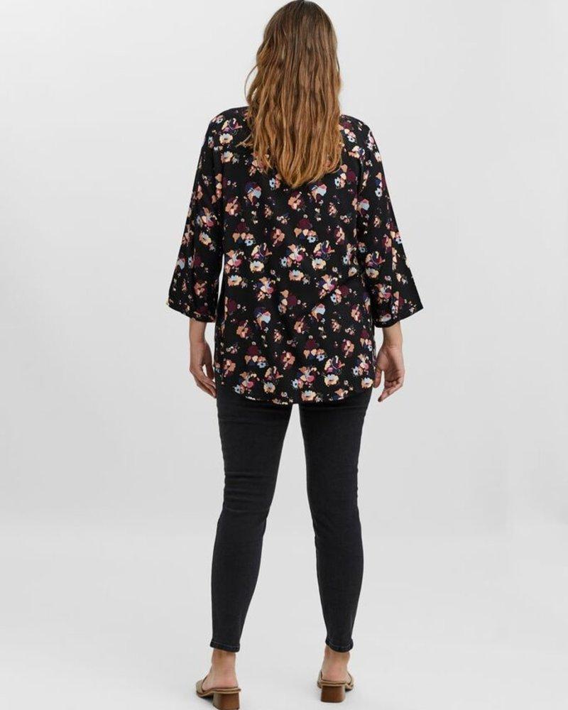 Vero Moda Curve blouse Prina
