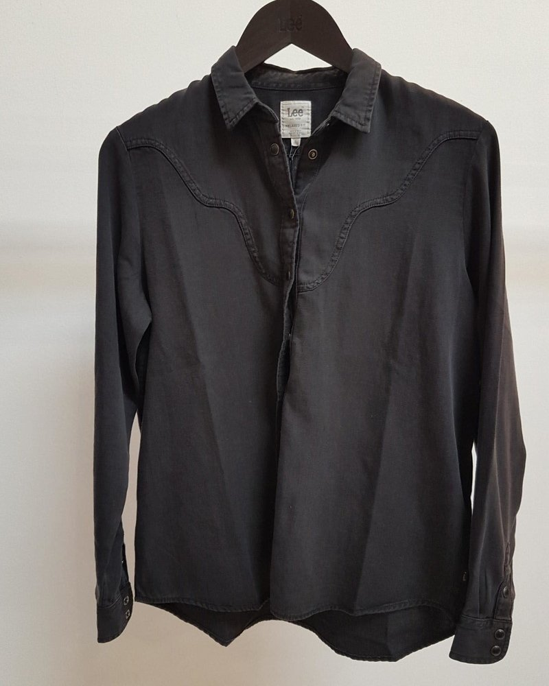 western blouse black