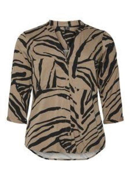 Vero Moda Curve blouse Zee