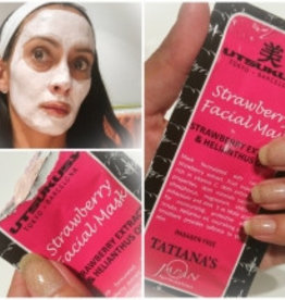 Utsukusy Strawberry mask and scrub