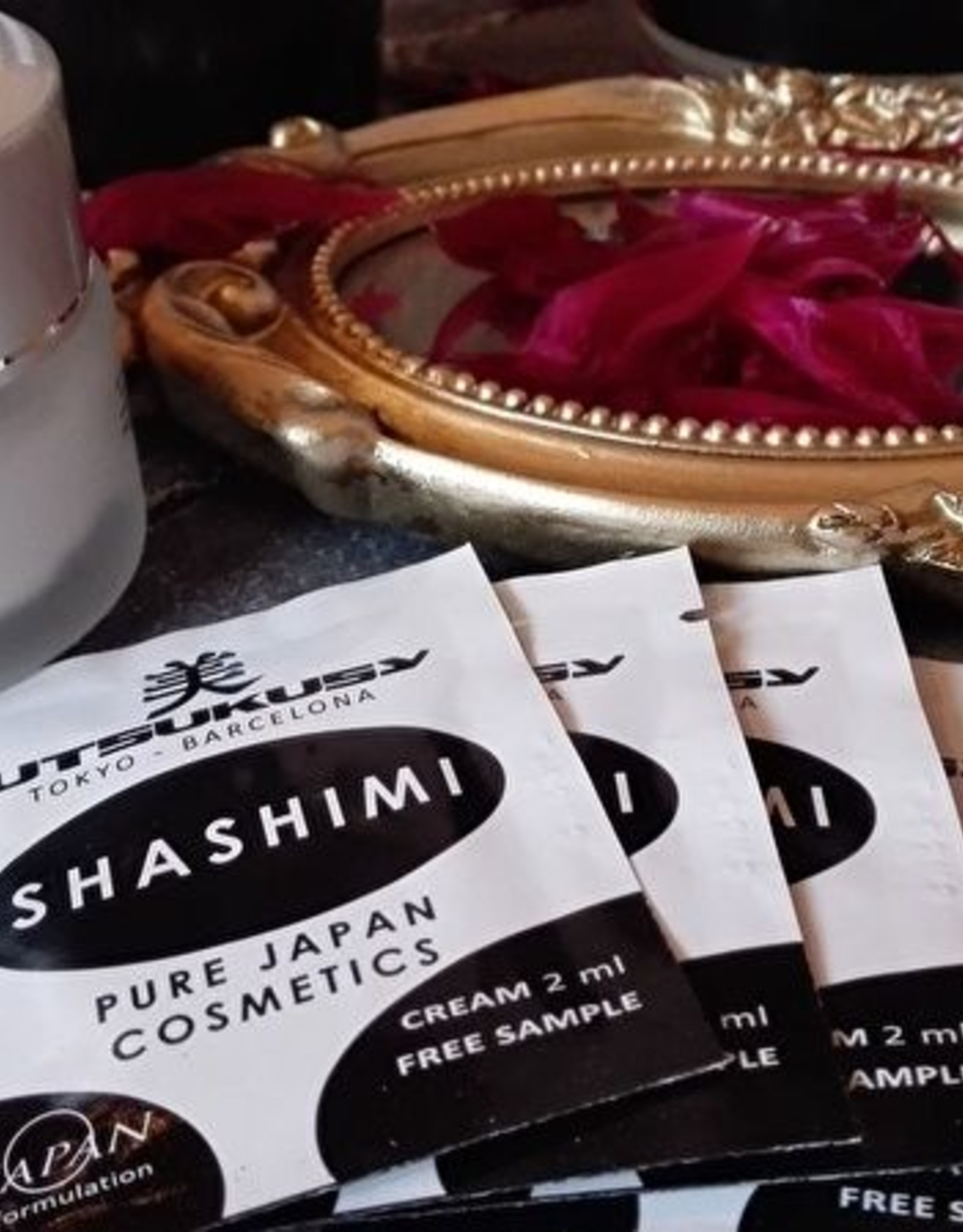 Utsukusy Sample sachets Shashimi cream 5x2ml