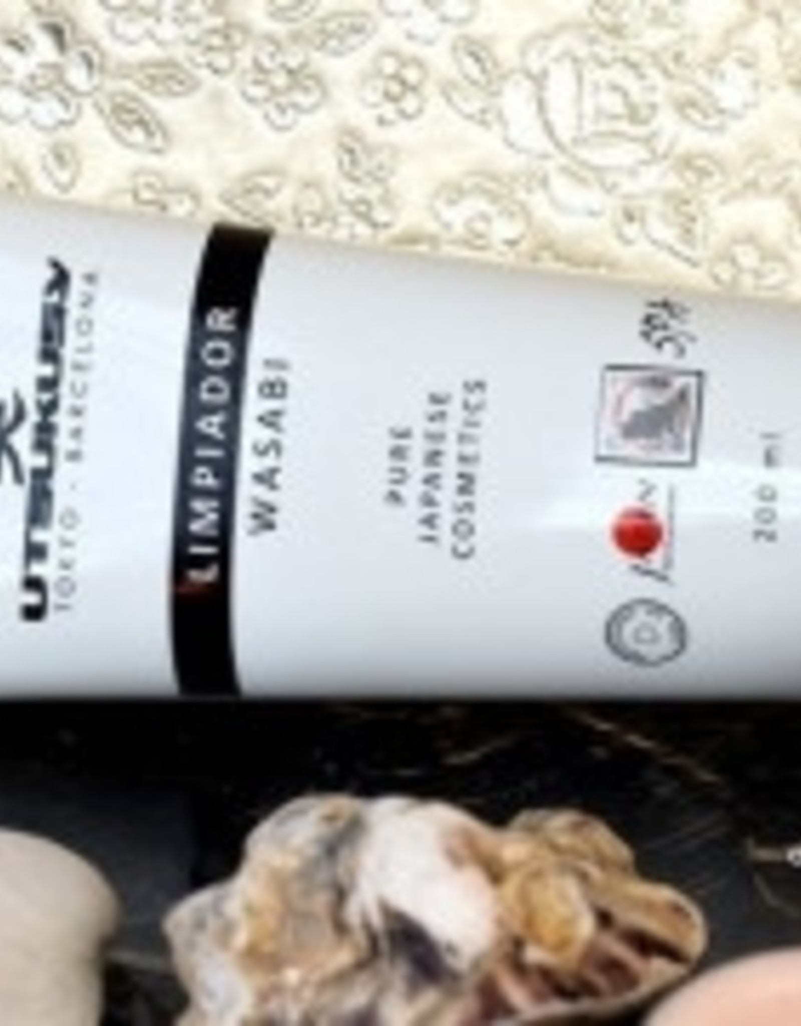 Utsukusy Shashimi Wasabi facial cleansing cream, tube 200ml