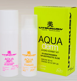 Utsukusy Aquaderm beauty box