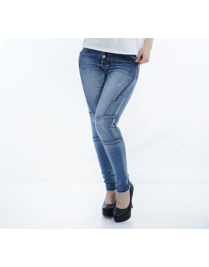 Jeans blauw met leuke ritsjes