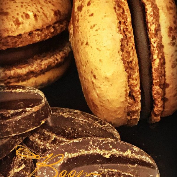 Patisserie & Chocolaterie Boom BESTELLEN: MACARON CHOCOLATE