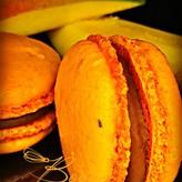 Patisserie & Chocolaterie Boom BESTELLEN: MACARON MANGO