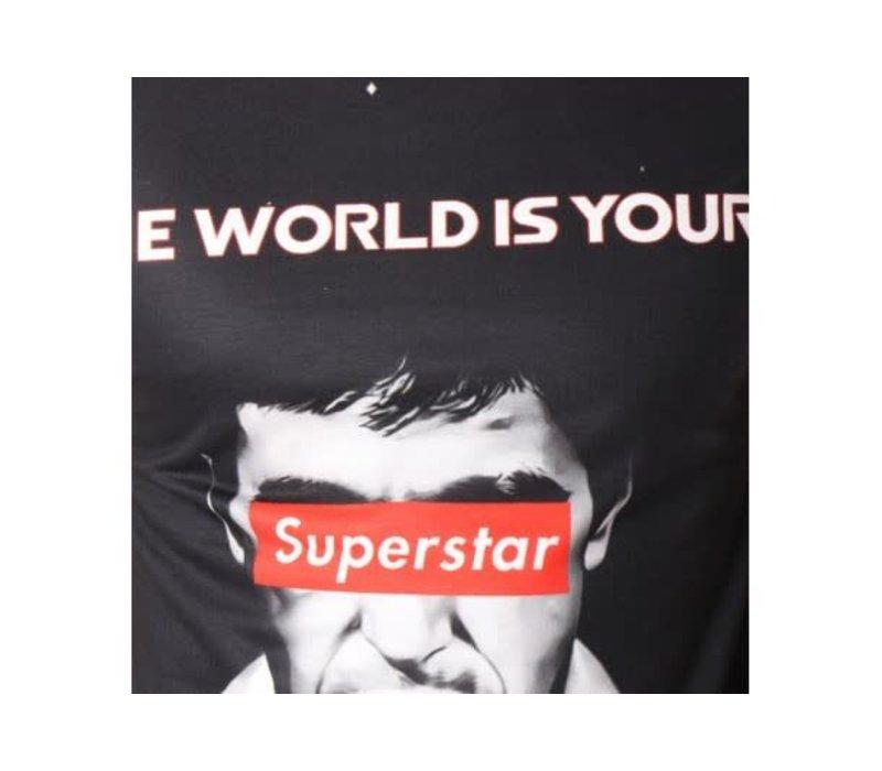 UNIPLAY THE WORLD IS YOURS T-SHIRT - ZWART